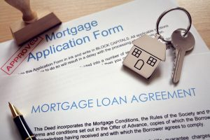 mortgage-application-loan-agreement-and-house-key-P5ATR99