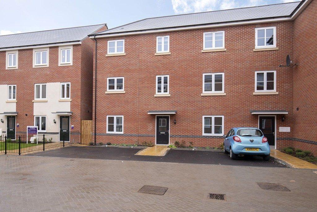 Brickfield Drive, Cheltenham property