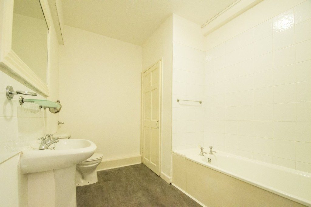 Back Montpellier Terrace, Cheltenham GL50 2XJ property