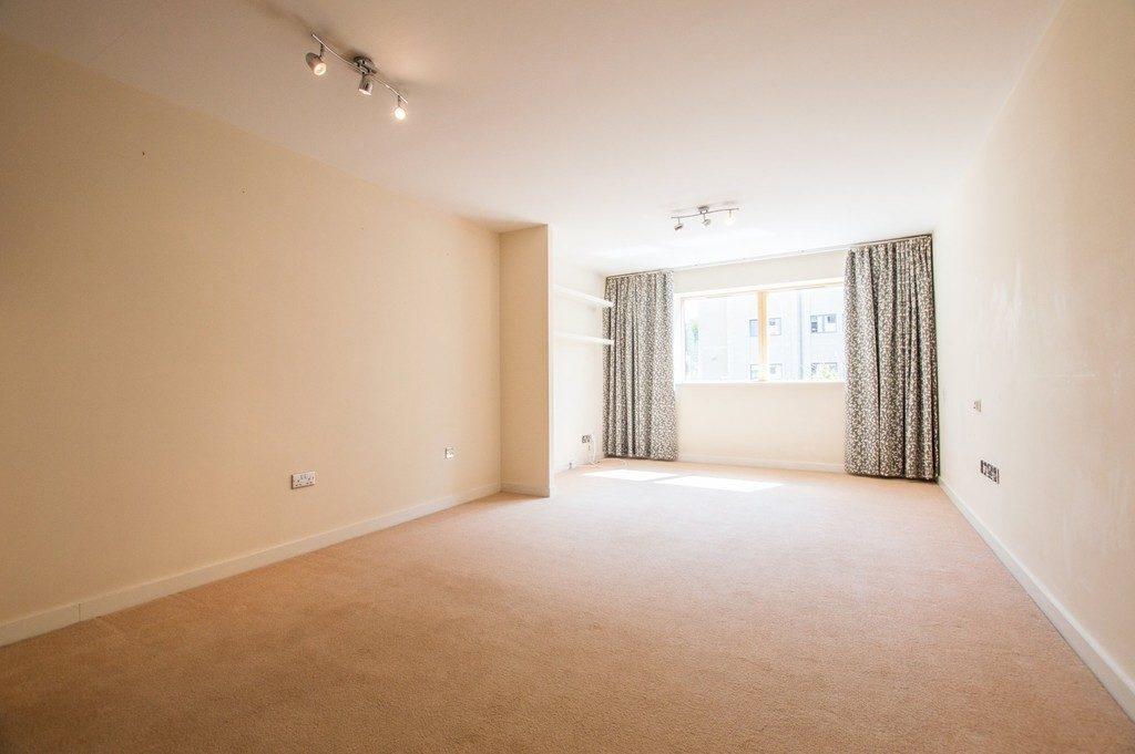 St James South, Jessop Avenue, Cheltenham GL50 3SP property