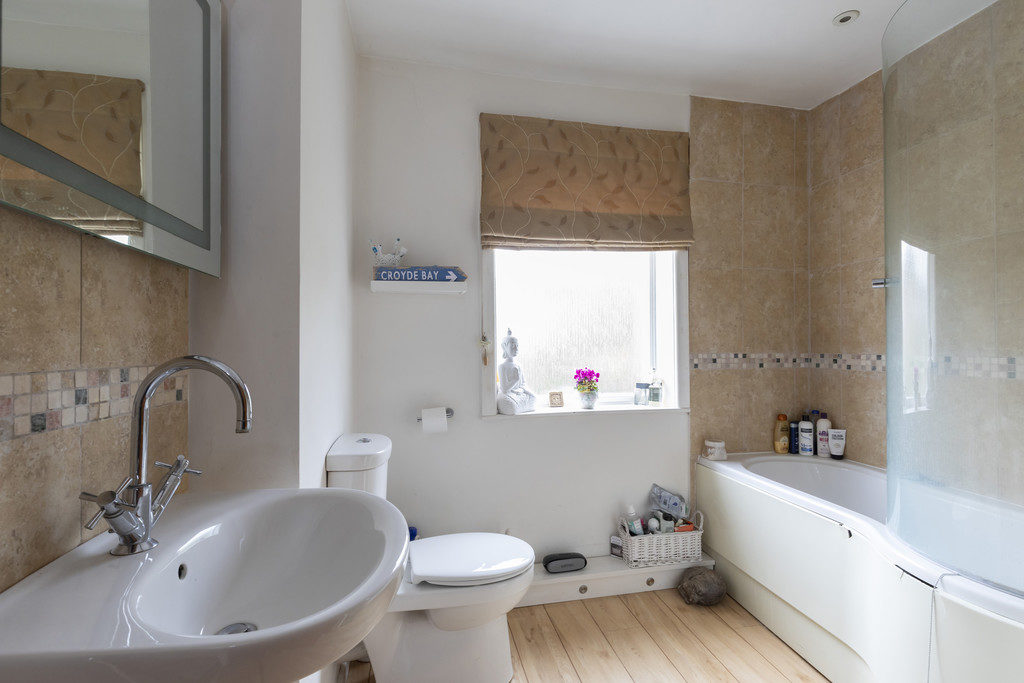Old Bath Road, Cheltenham GL53 9AF property
