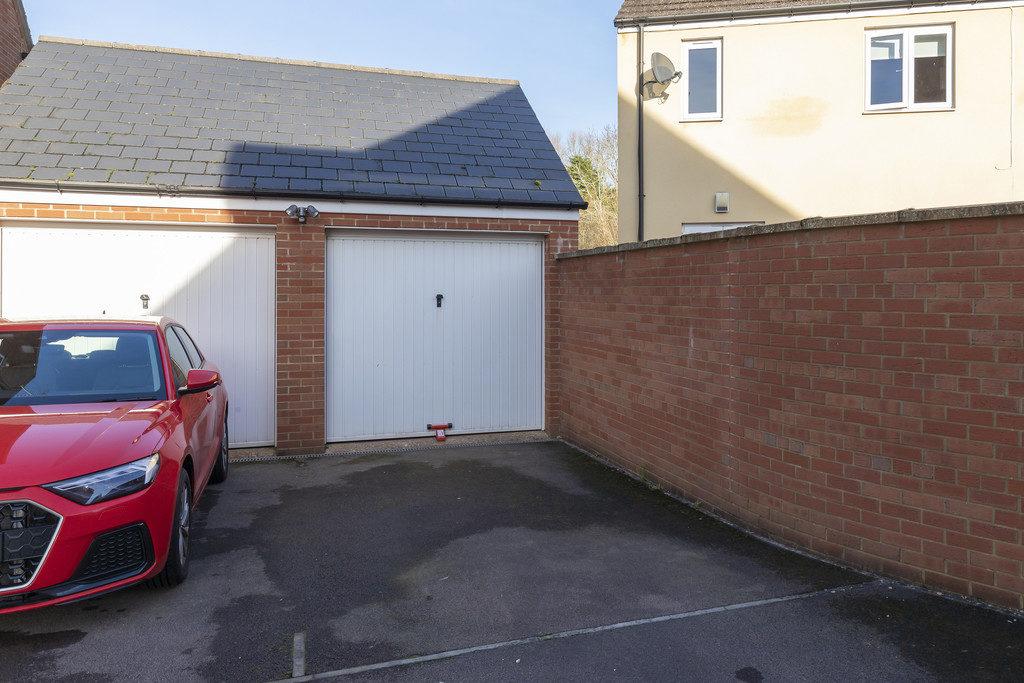 Wayward Lad Close, Cheltenham GL52 5FJ property