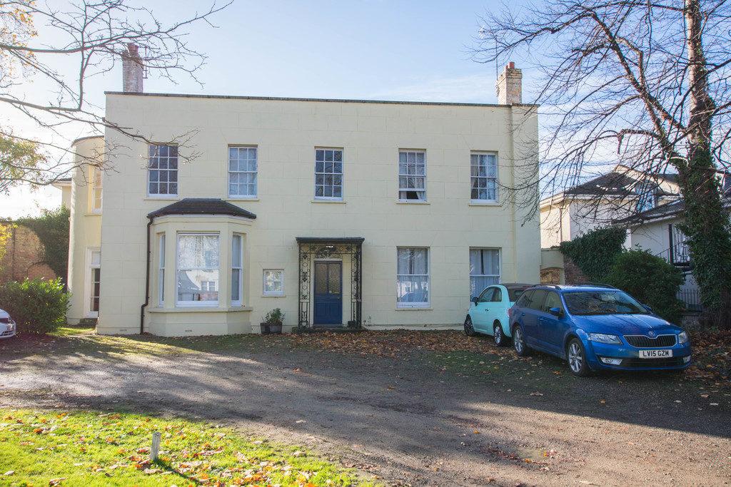 Belmont Road, Cheltenham GL52 2NJ property
