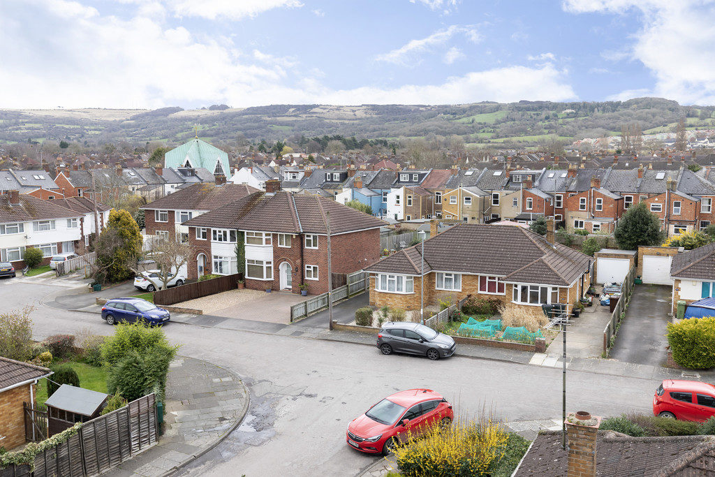 Hayes Road, Cheltenham GL52 2QF property