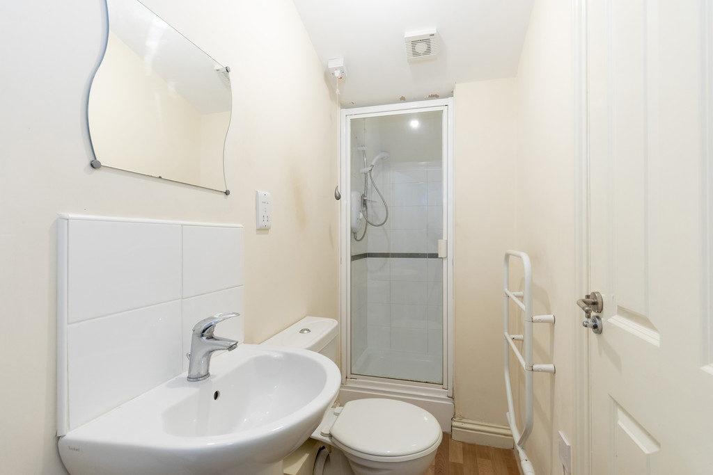 St. Georges Terrace, Cheltenham GL50 3PT property
