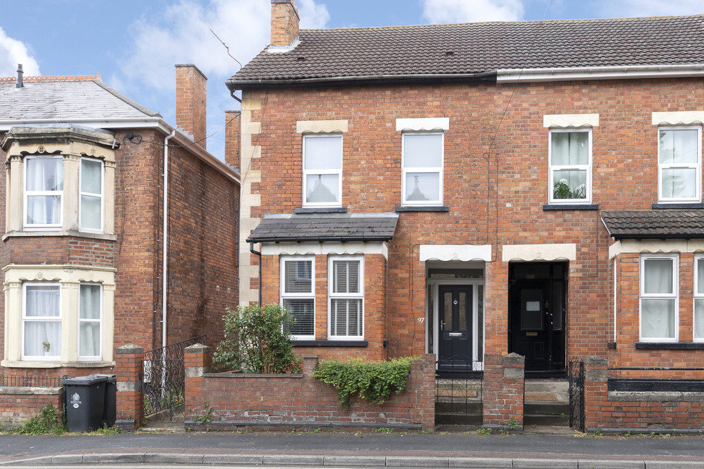 97 Park End Road, Gloucester GL1 5AL property