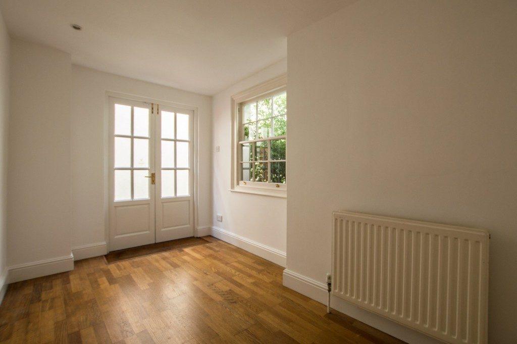 Montpellier Villas, Cheltenham GL50 2XF property