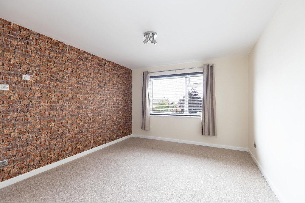 Finchcroft Court, Cheltenham GL52 5BE property