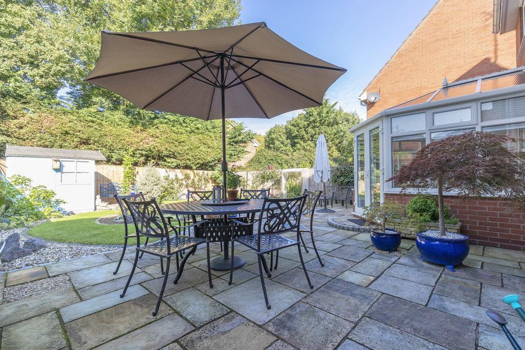 Coburn Gardens, Cheltenham GL51 0GE property
