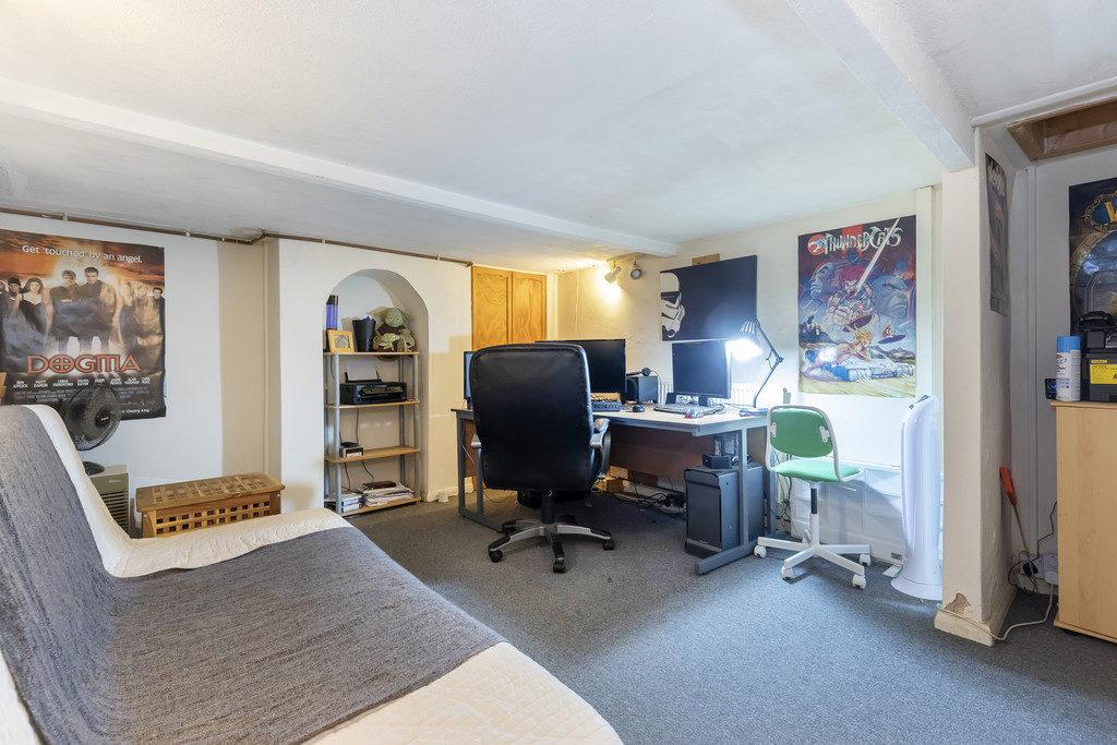Russell Street, Cheltenham GL51 9HE property