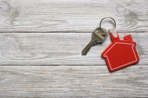 house-key-with-red-house-shape-keychain-for-real-