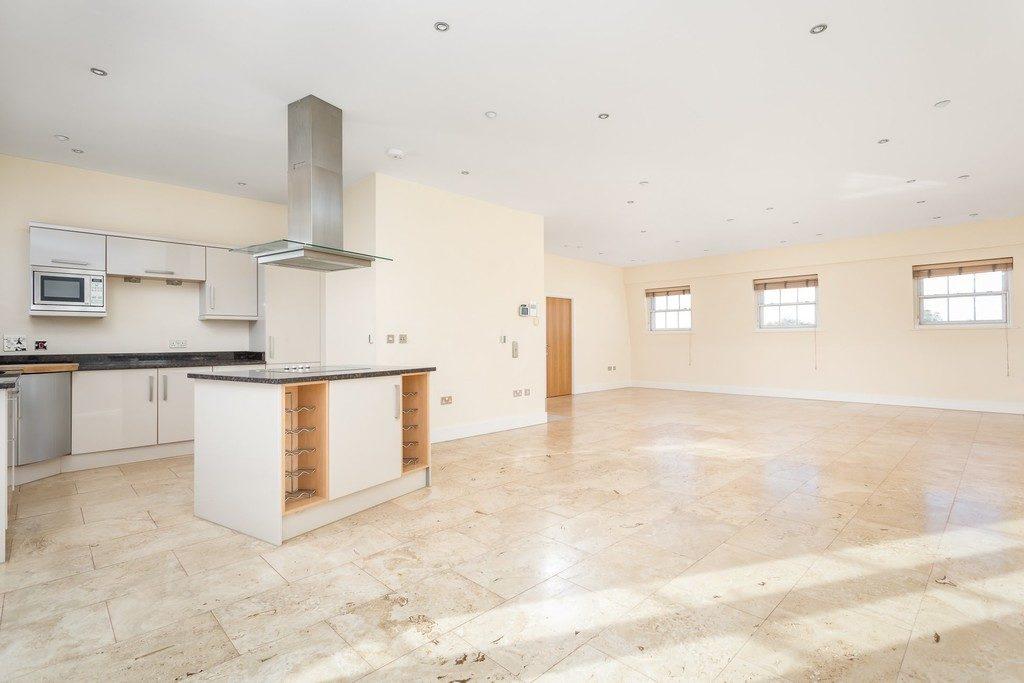 Evesham Road, Cheltenham GL52 2AA property