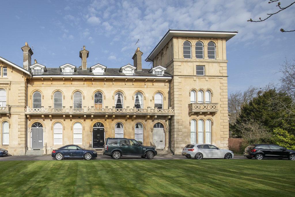Lypiatt Terrace, Cheltenham GL50 2SX property