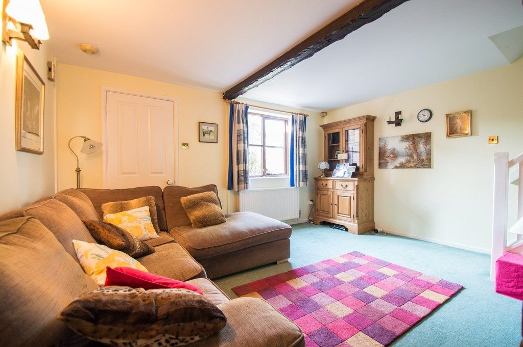 Green Meadow Bank, Bishops Cleeve GL52 8ST property