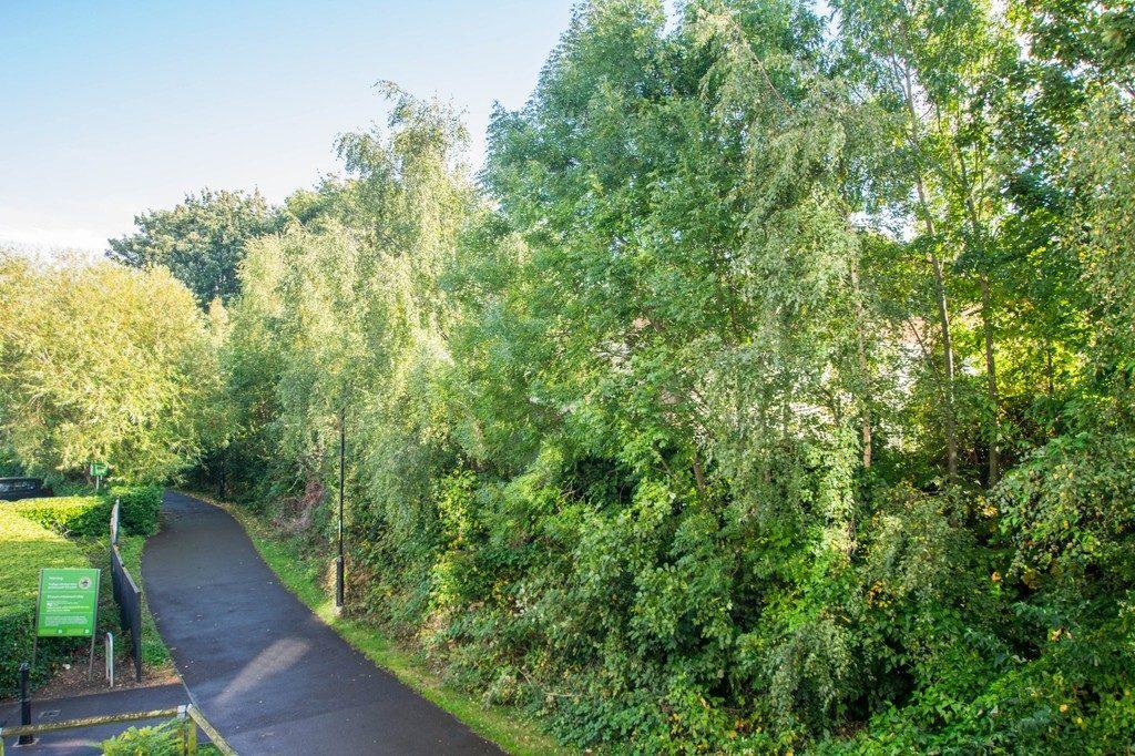 Honeybourne Way, Cheltenham, GL50 3UE property