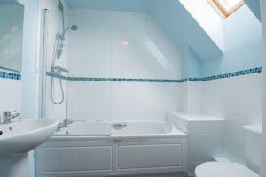 Rosebay Gardens, Cheltenham, GL51 0WP property