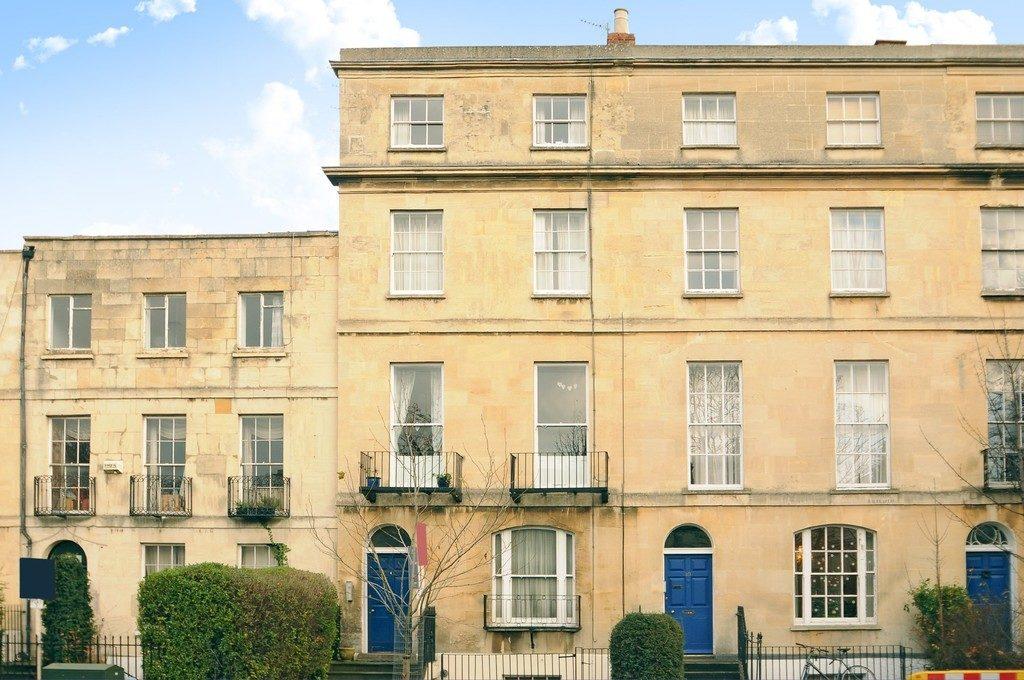 London Road, Cheltenham GL52 6DF property