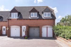 Chantry Gate, Bishops Cleeve, Cheltenham GL52 8UR property